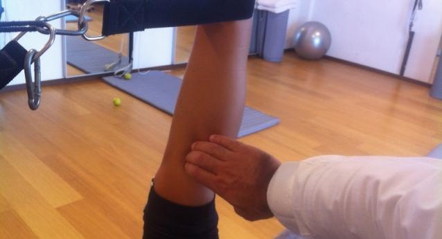 Zampa d'oca dolore sotto il ginocchio